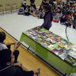 Photo of Jackling Elementary students choosing books