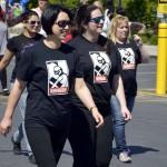 Photo of USANA employees walking in 5K