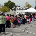 Photo of parents lining up for Utah Food Bank