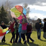 Photo of Rosecrest students catching hot air balloon