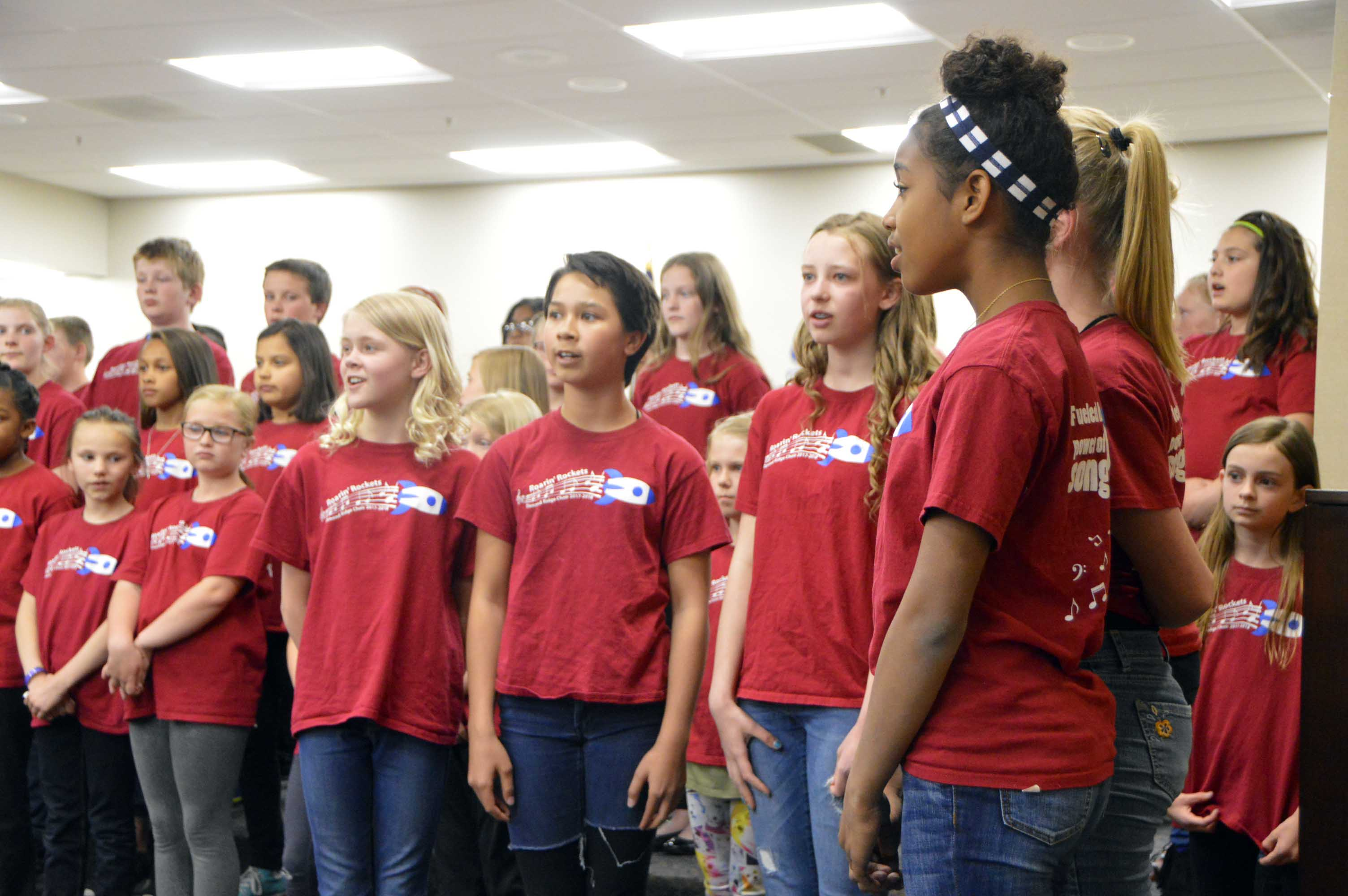 Diamond Ridge students sing at board meeting