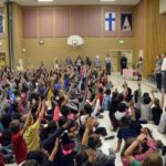 Hillside students applaud third grade teacher