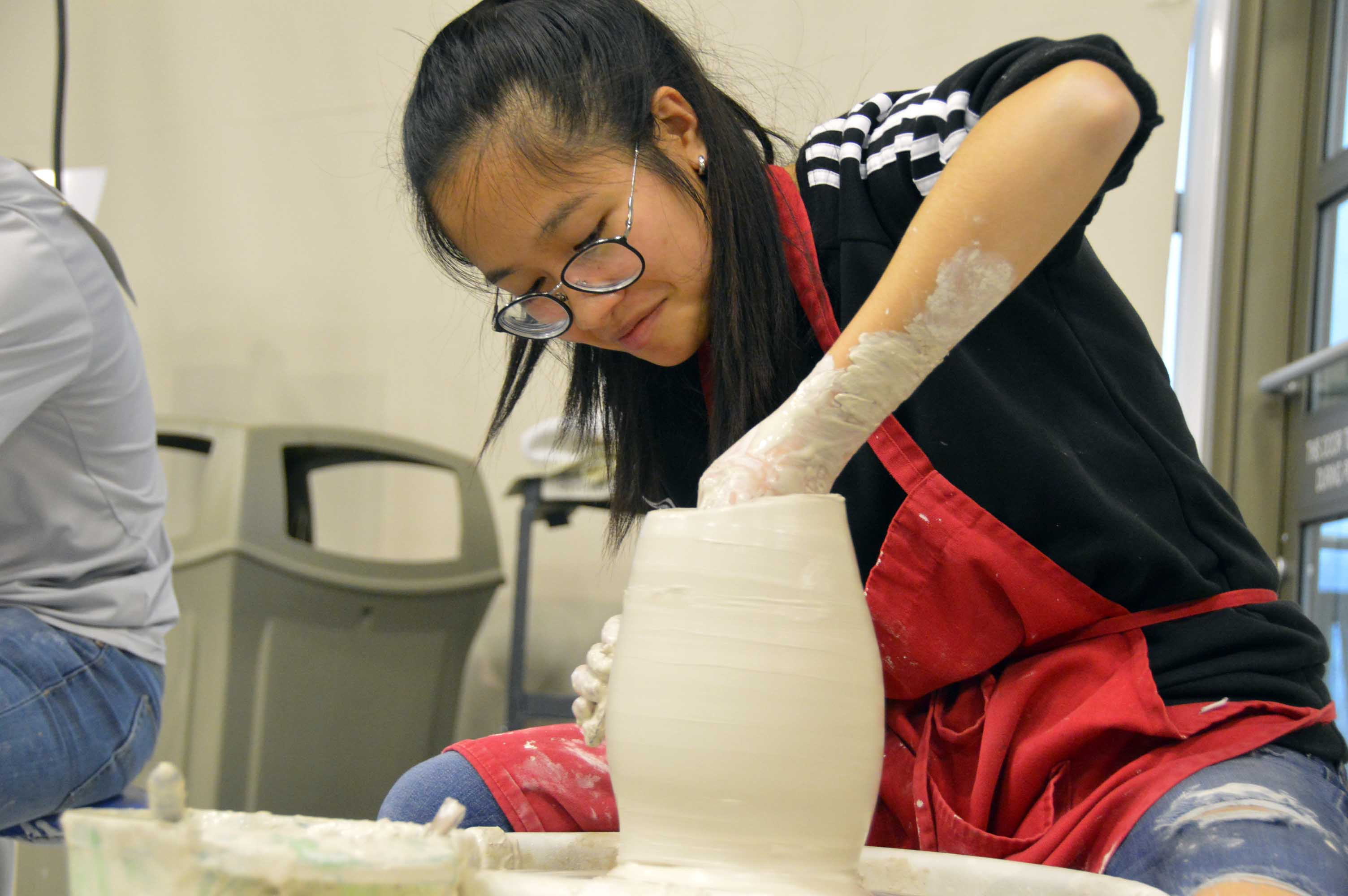 Student building ceramic art